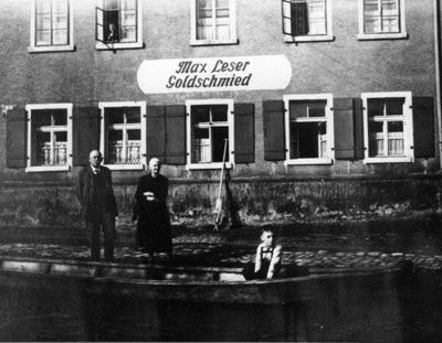 Goldschmiede Max Leser in Regensburg bei Hochwasser